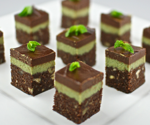 ... food recipes Chocolate Mint Brownie Bites Chocolate Mint Brownie Bites